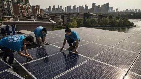 urban-solar-china_Kevin-Frayer-Getty